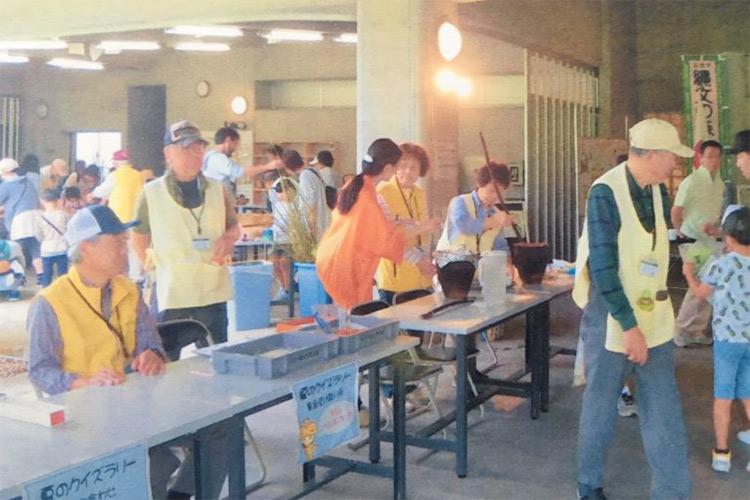 仙台市縄文の森広場ボランティア会の様子
