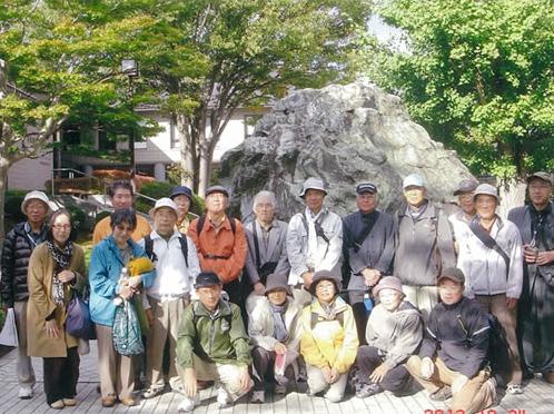 岩切歴史探訪の会の様子