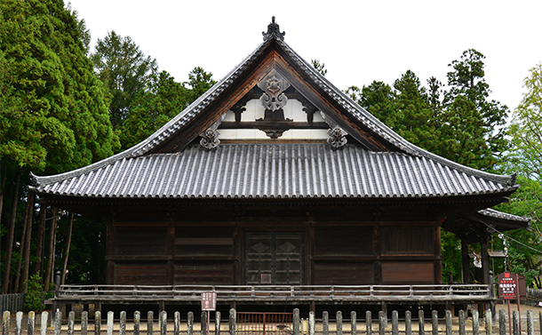 歴史的建造物:陸奥国分寺薬師堂
