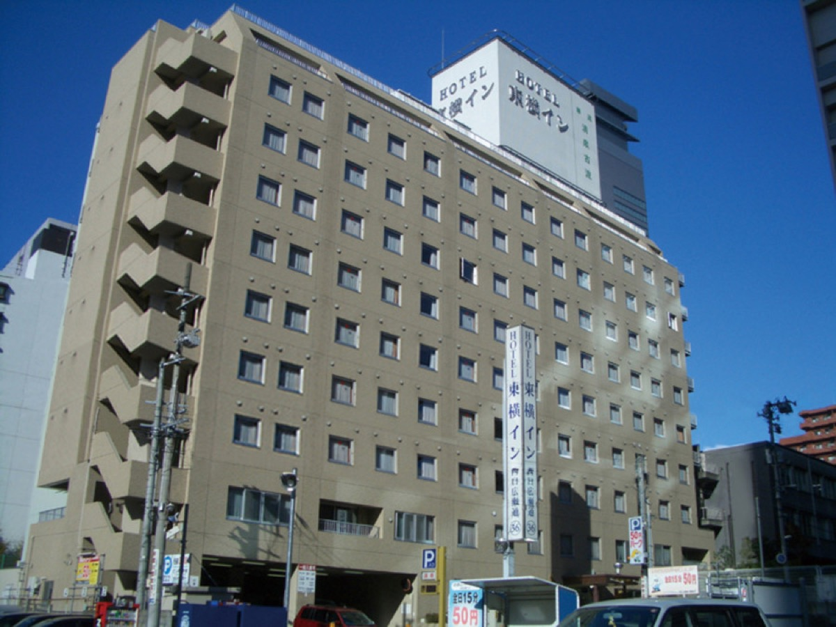 東横INN仙台西口広瀬通ホテル外観