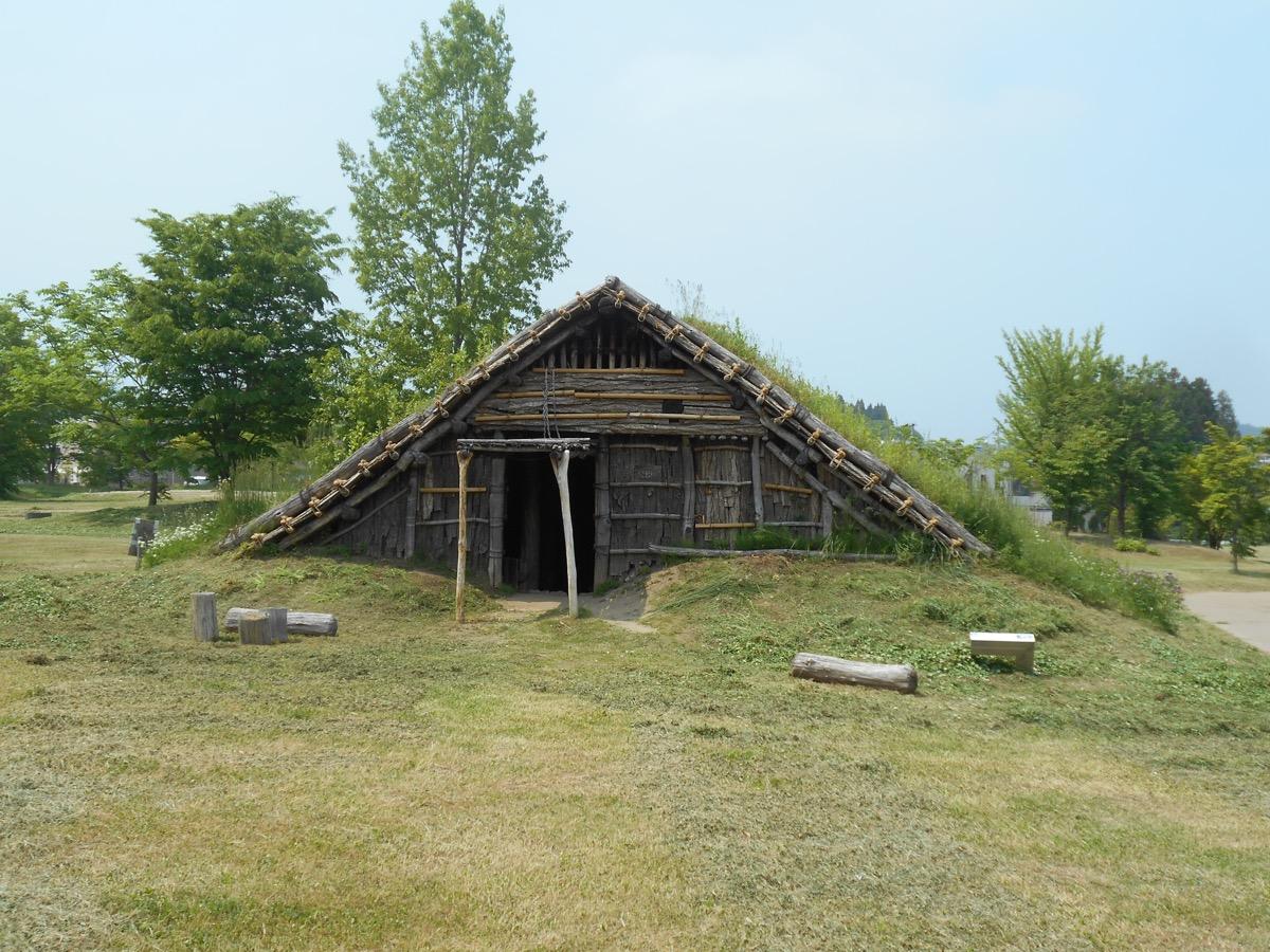 竪穴住居の様子