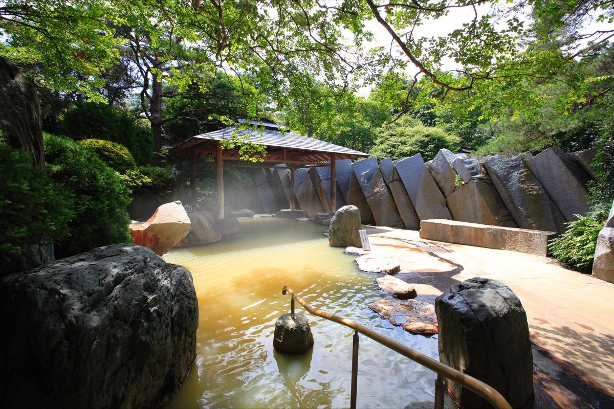 篝火の湯緑水亭露天風呂