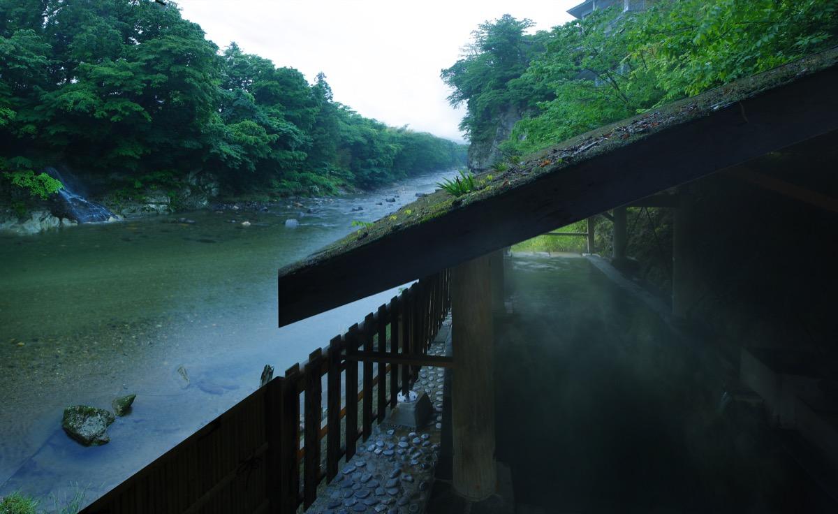 伝承千年の宿佐勘河原の湯