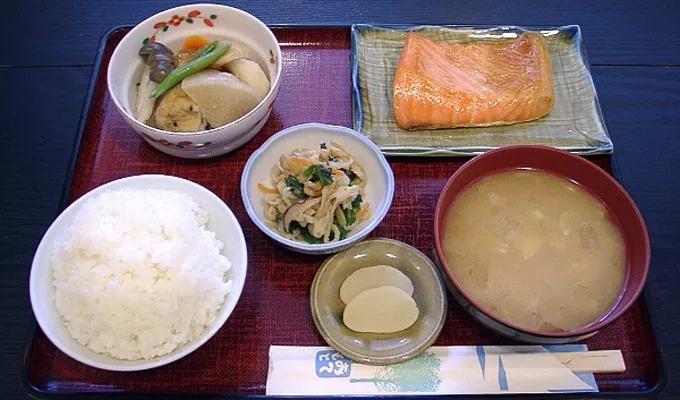相崎旅館朝食