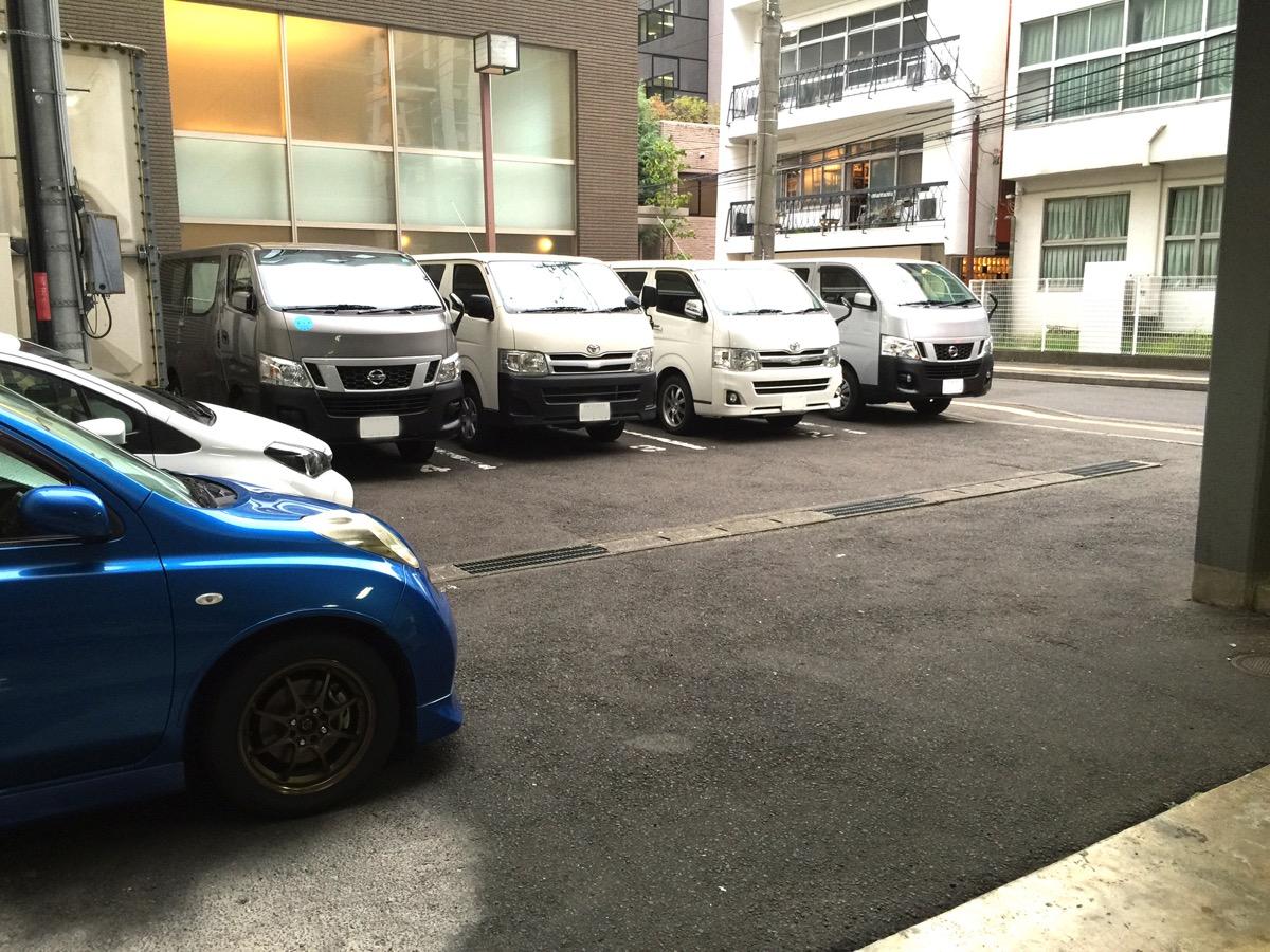 ホテルグリーンライン駐車場