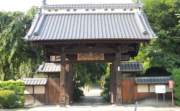 歴史的建造物:泰心院山門(旧仙台藩藩校養賢堂正門)