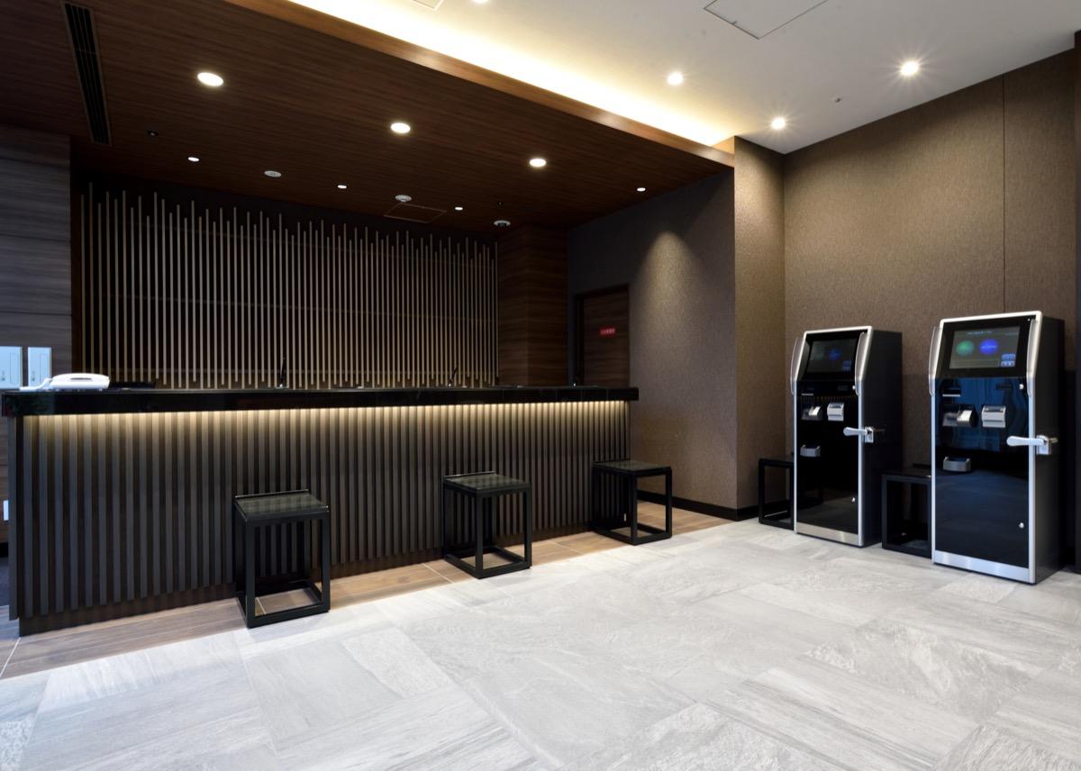 アルモントホテル仙台2階フロント
